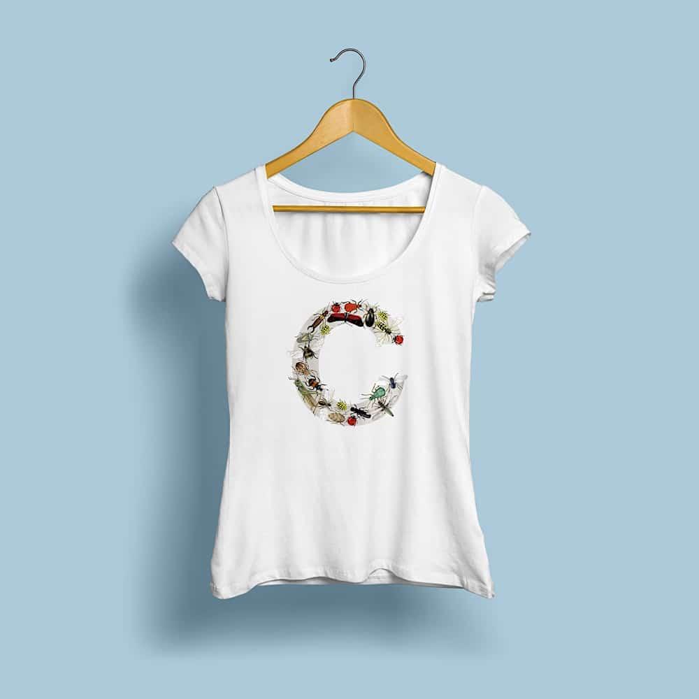 Woman T shirt MockUp Front
